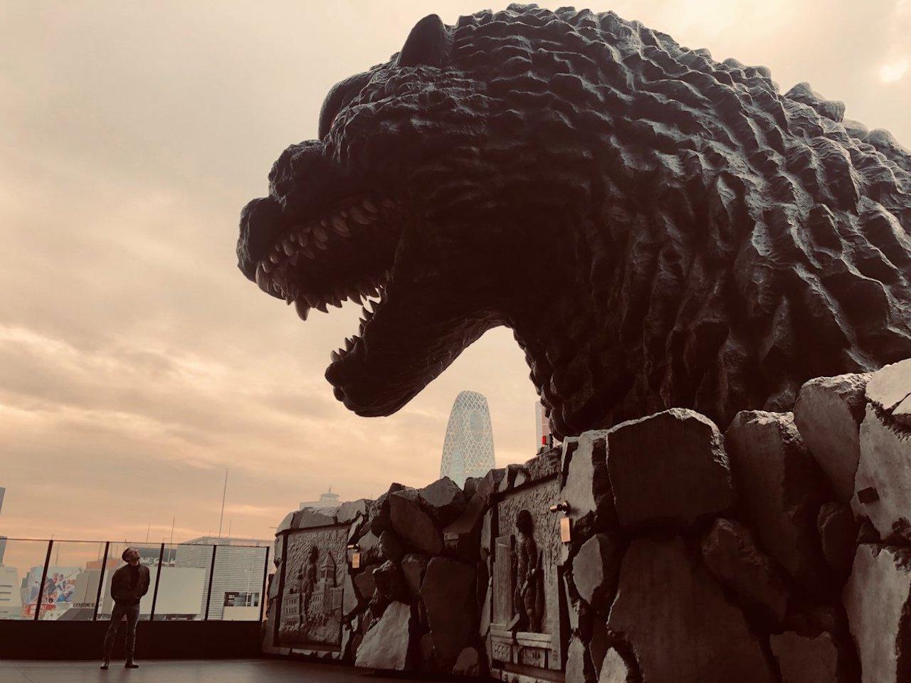 好萊塢哥吉拉再度襲來,而且這次《哥吉拉 2:怪獸之王》中甦醒的巨獸不只牠一隻!