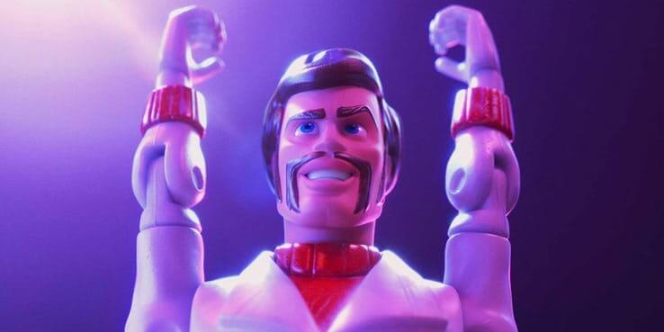 《玩具總動員 4》(Toy Story 4) 卡蹦公爵的回歸。