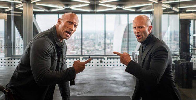 巨石強森(Dwayne Johnson)、傑森史塔森(Jason Statham) 在《玩命關頭:特別行動》中飾演不斷鬥嘴的搭檔。