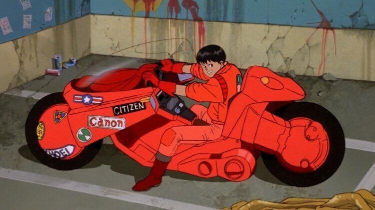 大友克洋動畫電影《阿基拉》金田與經典的紅色摩托車。