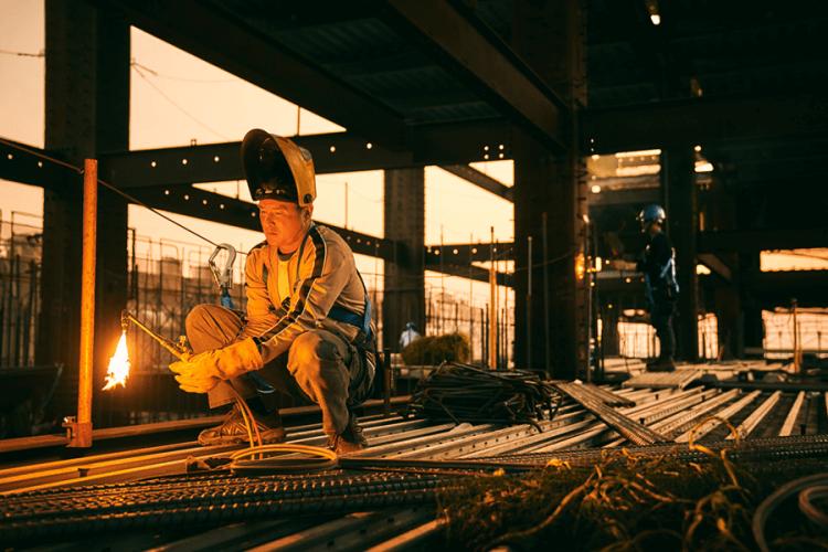 《做工的人》劇照。