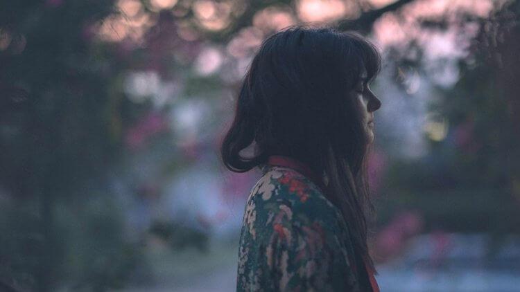 【影評】《愛情,是開始還是結束》:難以言明的苦,兩男一女的愛情習題首圖