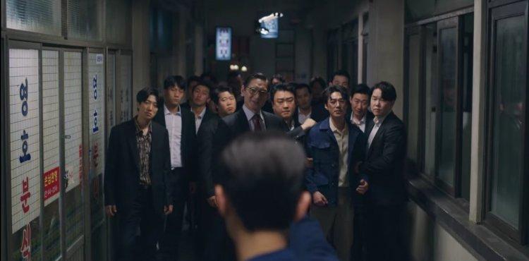 韓劇《黑道律師文森佐》劇照。