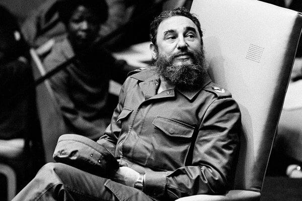 朗霍華有機會拿到講述暗殺古巴強人卡斯楚的《The Fixer》的執導機會。