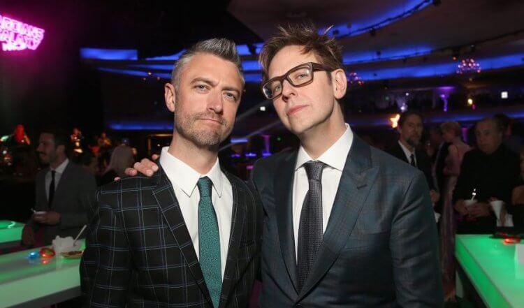 詹姆斯岡恩 (James Gunn) 與弟弟西恩岡恩 (Sean Gunn)。