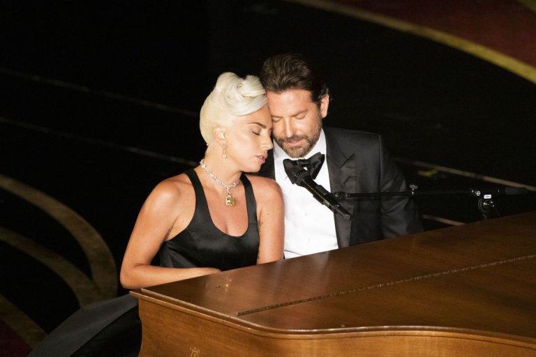 第 91 屆奧斯卡金像獎頒獎典禮上的亮點表演之一,非摘下金獎的《一個巨星的誕生》最佳原創歌曲〈擱淺攤〉了,由女神卡卡及布萊德利庫柏現場演唱。