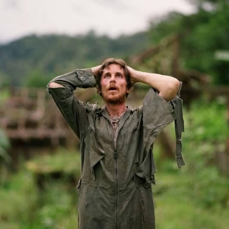克里斯汀貝爾在 2006 年《重見天日》中飾演面黃肌瘦的戰俘。