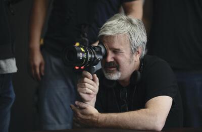 《神鬼奇航》系列導演 高爾韋賓斯基 。