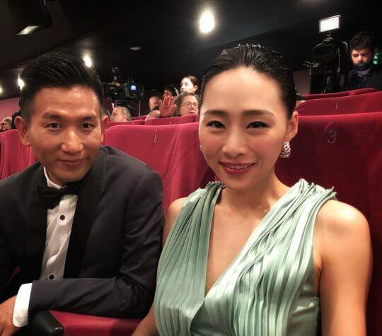 導演趙德胤與演員吳可熙在《灼人秘密》合作。
