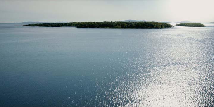 《 X戰警 》系列故事中,變種人的樂土「 吉諾沙 」島。