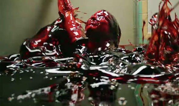 安迪馬希提導演,改編自史蒂芬金暢銷恐怖小說的電影《牠:第二章》(IT Chapter Two) 劇照。