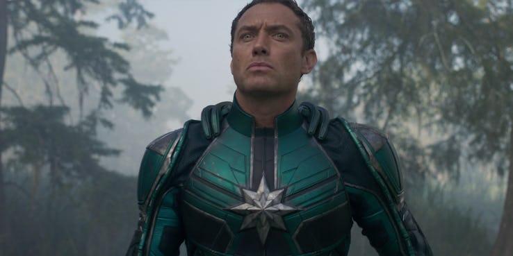 裘德洛在《驚奇隊長》中的角色似乎很不單純──