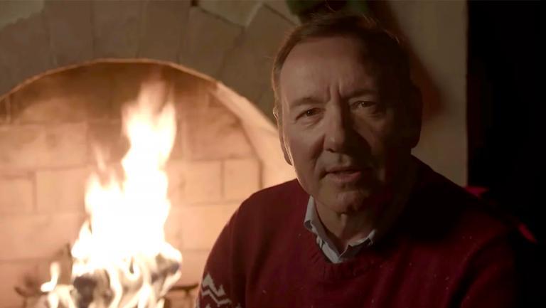 這才是真正的黑暗聖誕節:凱文史貝西性侵史、那些令人不安的聖誕影片、還有三位死者