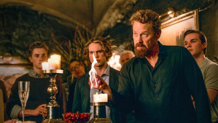 喜愛魔法故事的觀眾千萬不能錯過 Netflix 奇幻影集《黑秩序》。