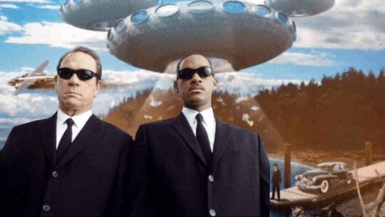 洗腦全世界,讓我們無視《MIB星際戰警》20年來顛覆全宇宙(三):小心70年歷史的都市傳奇,黑衣人就在你身邊!首圖