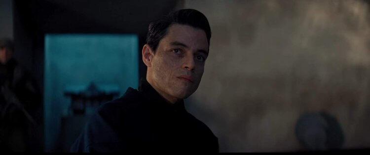雷米馬利克 (Rami Malek) 在近期訪談表示他嘗試為這位在《007:生死交戰》新登場的反派增添原創風格。