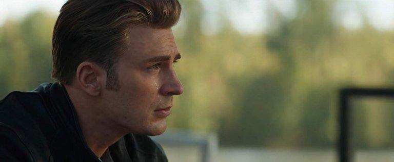 看到「美國隊長」史蒂芬羅傑斯落下男兒淚,即將上映的《復仇者聯盟:終局之戰》故事走向想必令人揪心。(克里斯伊凡 飾)