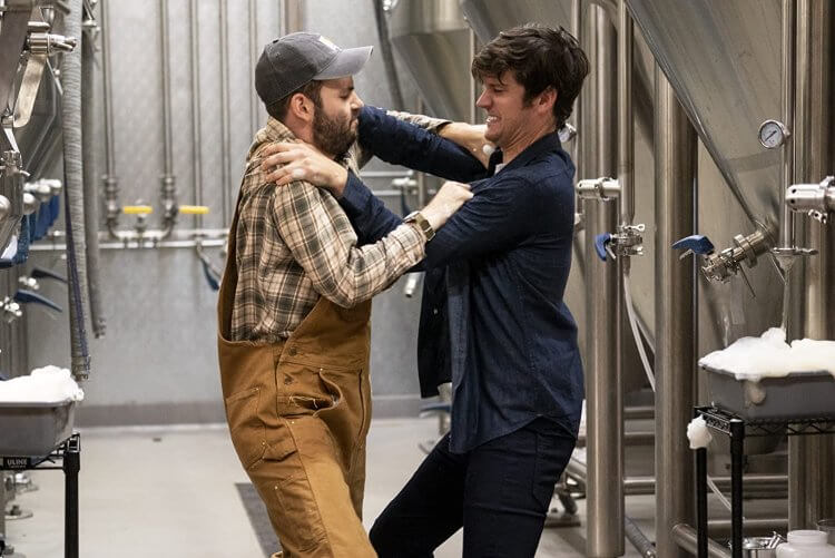 Netflix 原創影集 《釀酒兄弟》(Brews Brothers) 笑料一籮筐。