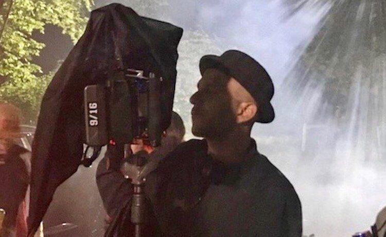 電影《搞鬼》導演亞當藍道爾 (Adam randall)。