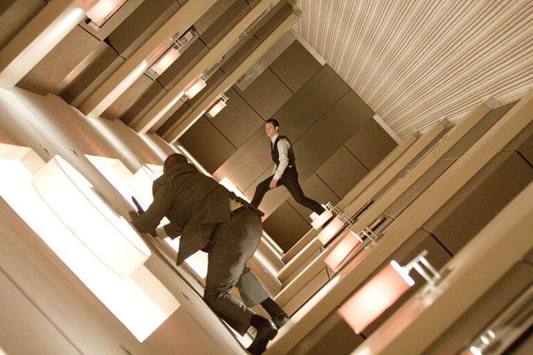 李奧納多狄卡皮歐主演,克里斯多福諾蘭執導的 2010 年電影《全面啟動》劇照。