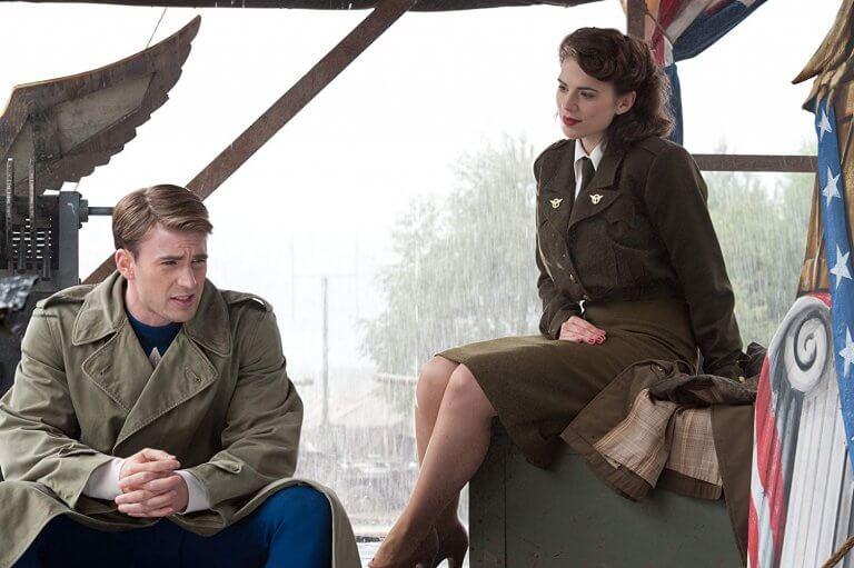 美國隊長和佩姬卡特 (Peggy Carter)。