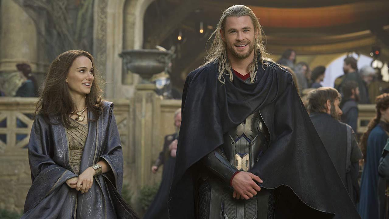 阿斯嘉的黎明之前,黑到一個不行《雷神索爾2:黑暗世界》(三):太空版的《羅密歐與茱麗葉》會不會有點太娘了?首圖