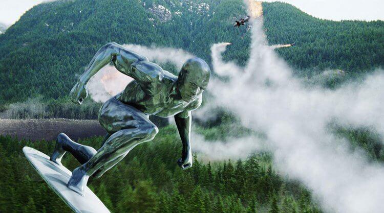 在 2007 年超級英雄電影《驚奇 4 超人:銀色衝浪手現身》(Fantastic Four: Rise of the Silver Surfer) 之後我們未曾在大銀幕看過銀色衝浪手這位超英角色。