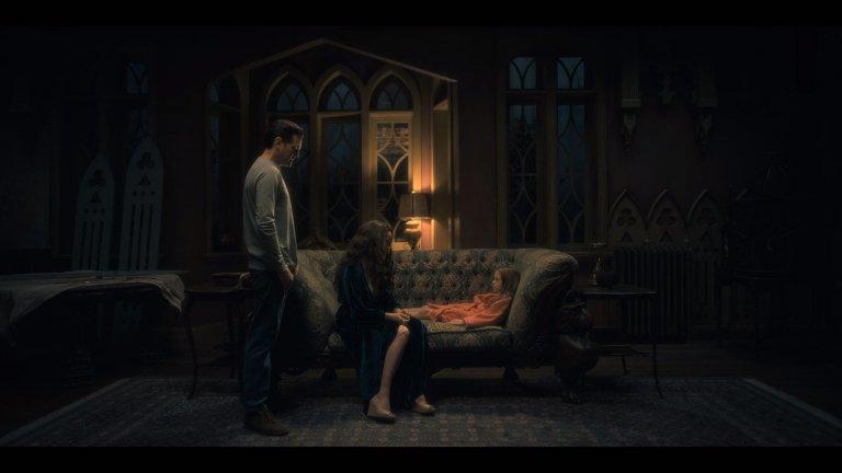 《鬼入侵》劇情尚有許多未解之謎等待被一一解釋。