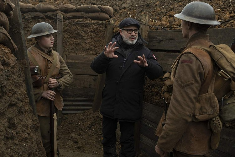 以第一次世界大戰為背景,寫實戰爭電影《1917》的拍攝現場。