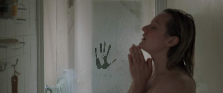 艾美獎視后伊莉莎白摩斯 (Elisabeth Moss) 主演的《隱形人》首波評價正式出爐。