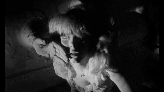 羅曼波蘭斯基 (Roman Polanski) 1965 年執導的《反撥》(Repulsion)