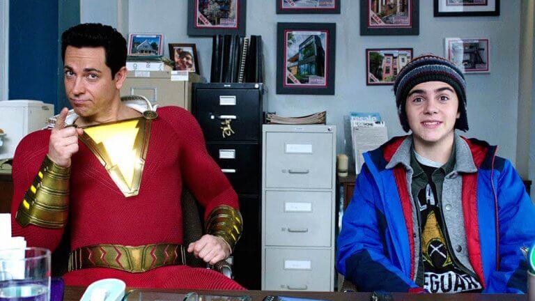 柴克萊威 (Zachary Levi) 在《沙贊!》(Shazam!) 裡的表現喜感十足。