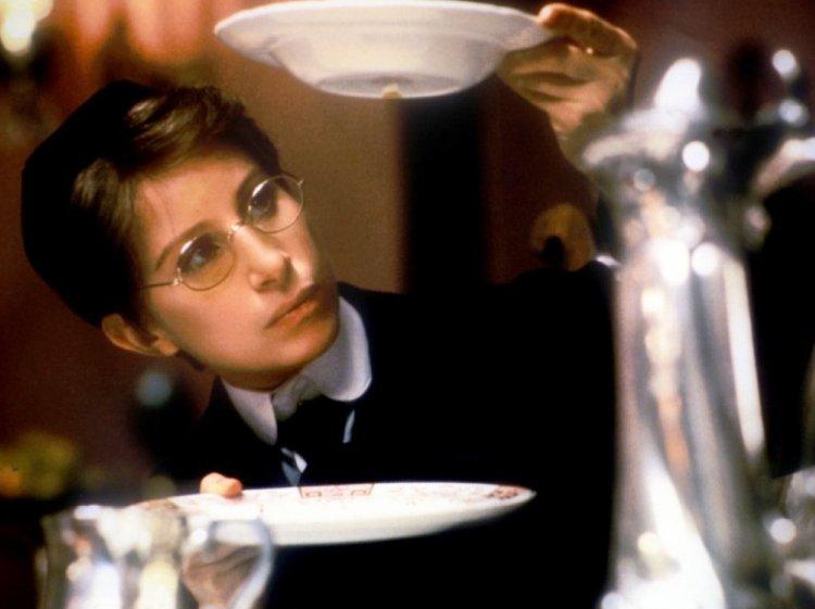 芭芭拉史翠珊自編自導自演的《楊朵》。