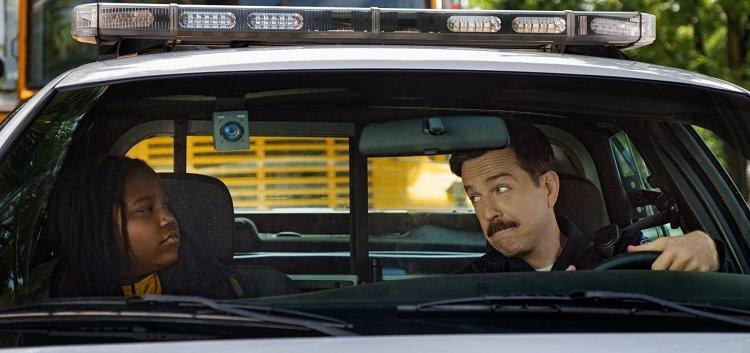 Netflix 觀看標準統計無法反應觀眾喜歡與否的真實情況,《考菲與克林姆》因此意外登上熱門排行榜。