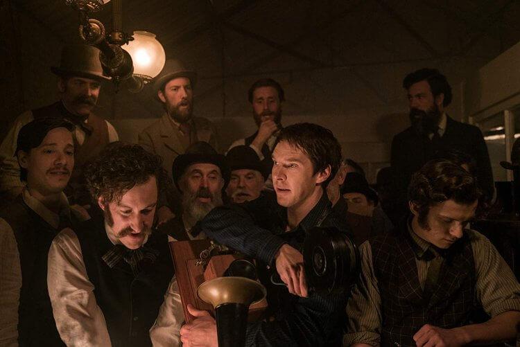 「BC」班尼狄克康柏拜區在《電流大戰》片中飾演愛迪生,揭露課本以外你我所不認識的愛迪生。