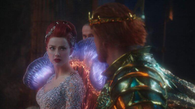 梅拉(安柏赫德 飾)與水行俠(傑森摩莫亞 飾)在片中的情感互動似乎還有加強空間。