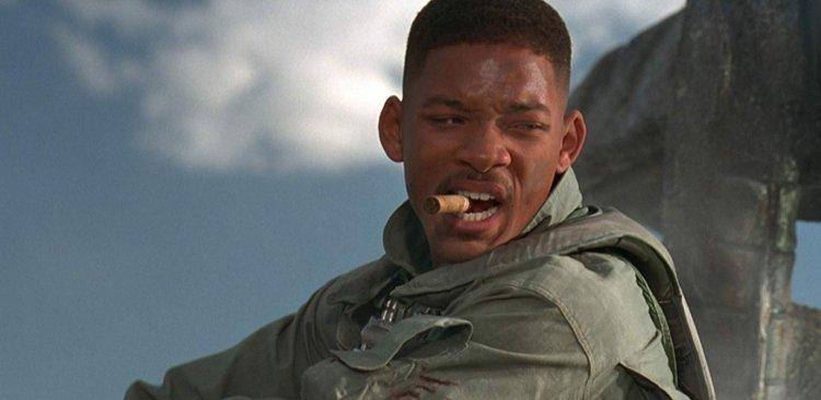 《ID4 星際終結者》由威爾史密斯主演。