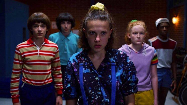 【Netflix】《怪奇物語》第三季:「那個人」真的死了嗎?粉絲理論證明一切,信不信由你首圖