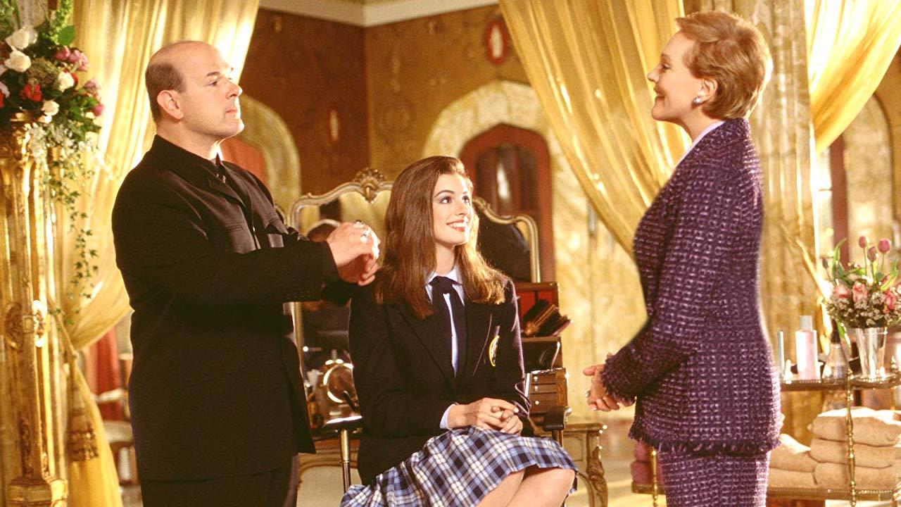 《麻雀變公主 3》是真的!蜜亞女王確定歸來,安海瑟薇:「我想拍,已在執行中。」首圖