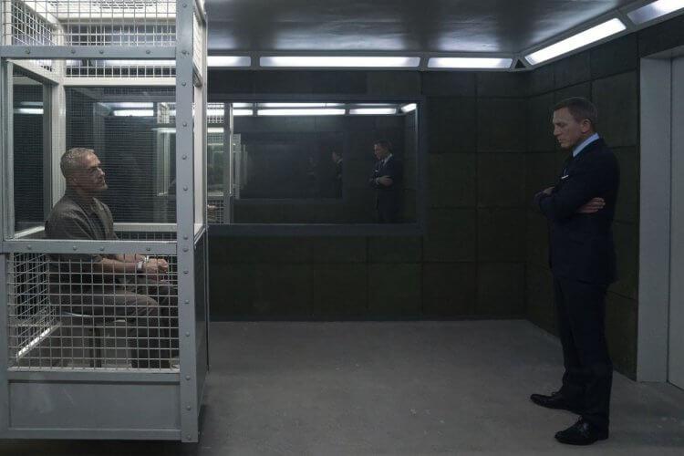 由 克里斯多福華茲 飾演,曾經在《007:惡魔四伏》(Spectre) 登場的反派布洛菲爾德 (Blofeld) 也將會在《007:生死交戰》回歸。