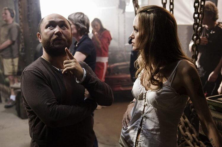 《刺客聯盟》導演提默貝克曼比托夫。