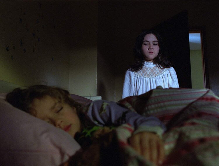 前傳電影《艾絲特》據傳將會由《孤兒怨》原編劇大衛萊斯利強森 (David Leslie Johnson) 回歸擔任執行製作人。