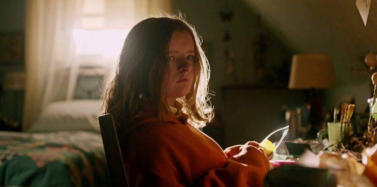 2018 年的驚悚鬼片,《宿怨》中的小妹妹「查莉」米莉夏皮羅。