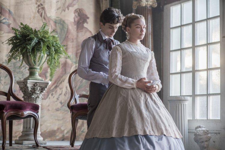 新版「小婦人」電影《她們》片中的提摩西夏勒梅、弗洛倫斯佩治美的令人屏息;佩治的演出更獲影評人讚賞不斷。