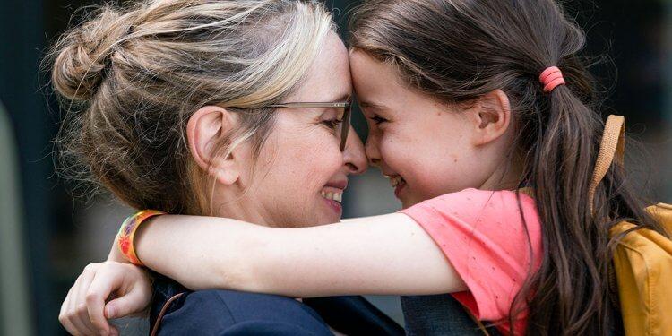 茱莉蝶兒在《複製柔伊》電影中飾演堅強的母親,細膩刻畫的情感轉折十分動人。
