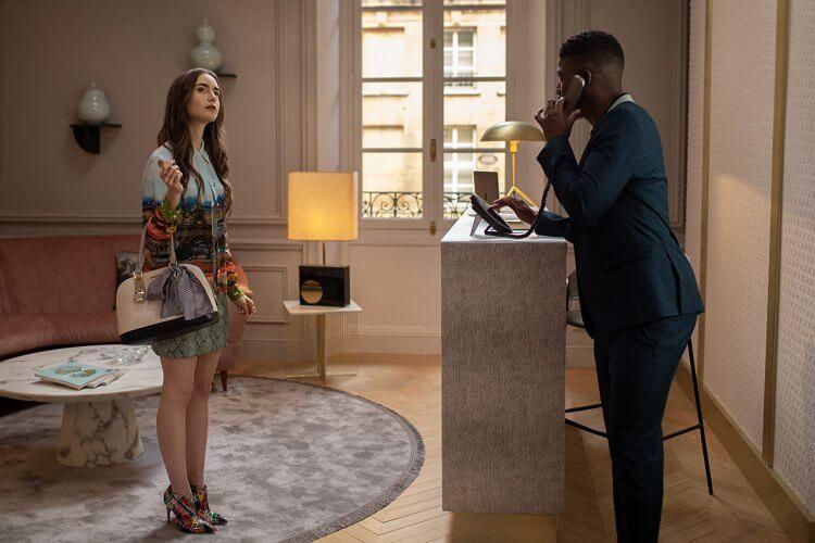莉莉柯林斯 Netflix 影集《艾蜜莉在巴黎》劇照。