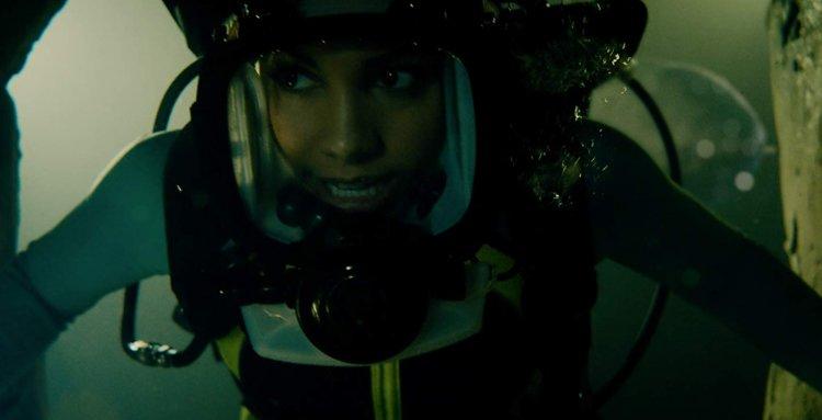 《深海鯊機2》劇照。