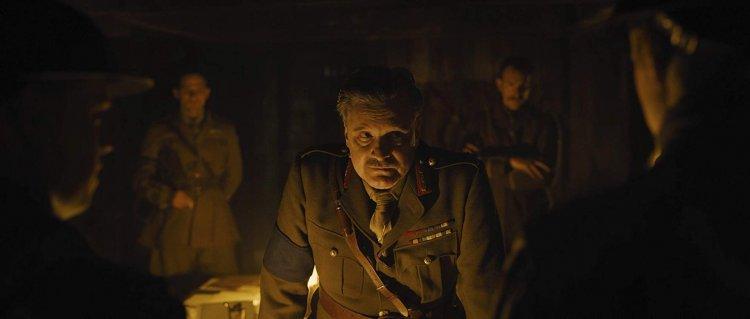 山姆曼德斯執導《1917》柯林佛斯飾演的艾林摩爾將軍。