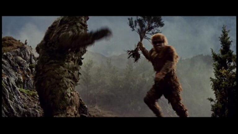 日本東寶特攝怪獸系列:《科學怪人的怪獸 山達對蓋拉》劇照。