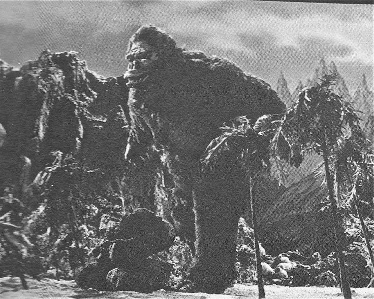 《 金剛對哥吉拉 》劇情與金剛原作電影類似,只是更增添日本面貌。